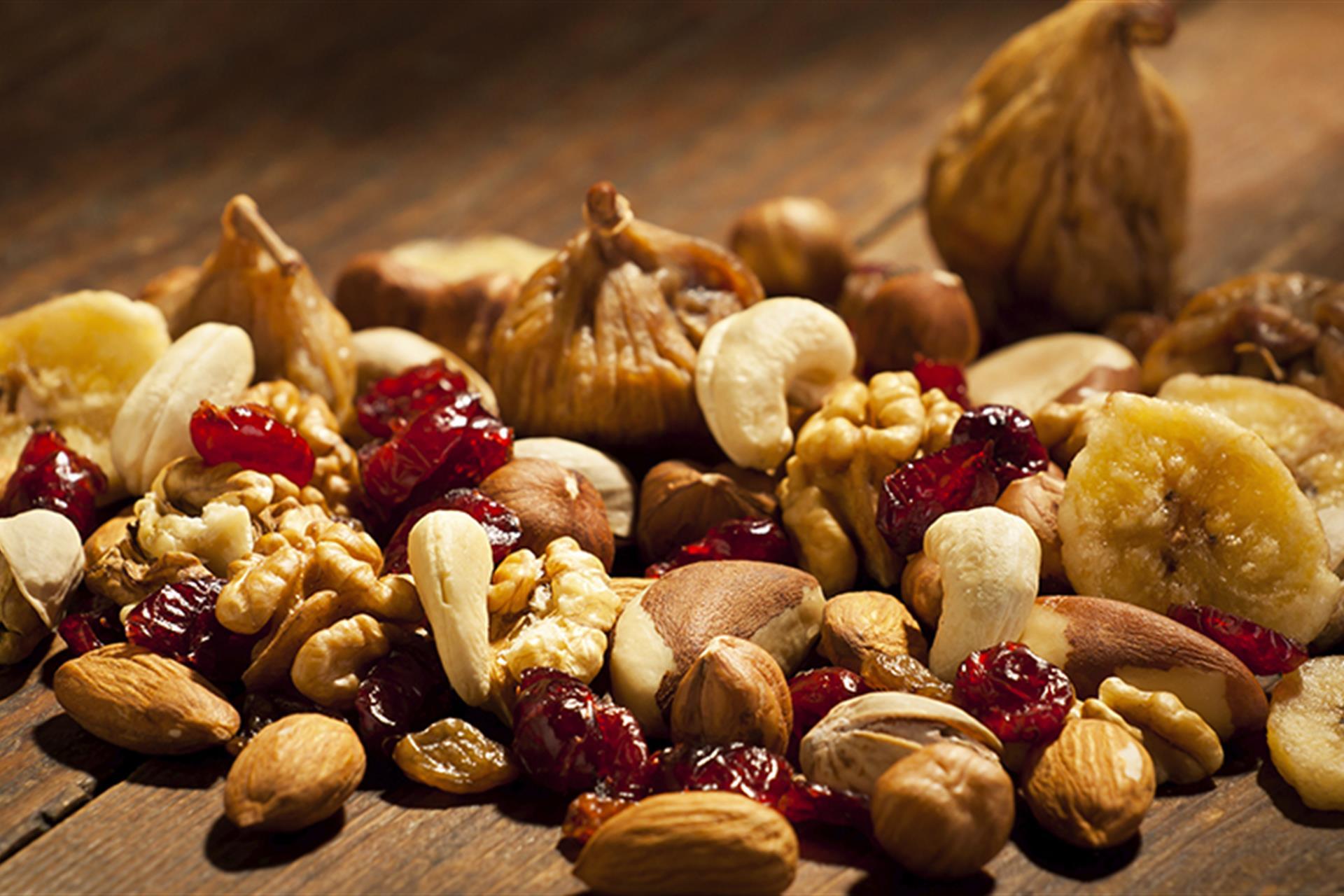 Ягоды орехи картинки